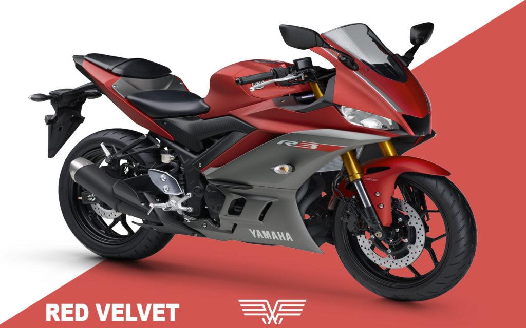 A foto mostra uma R3 vermelha.